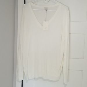 A New Day • NWT Lightweight V-neck sweater